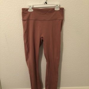 ☆ FABLETICS PINK LEGGINGS WITH POCKETS ☆